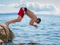 Research: Independent licensees in favour as institutions take a dive